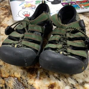 Keens water shoes in size 12